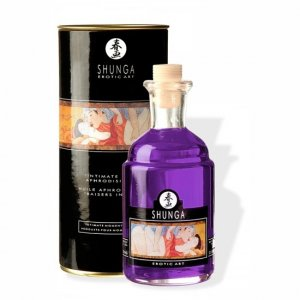 Shunga aphrodisiac oil intimate kissing orgy of grapes