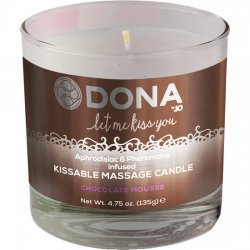 Il fait don de massage bougie chocolat 135 g