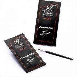 Pod de peinture de corps au chocolat